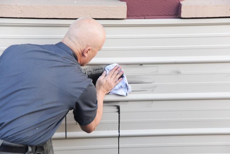 Removing graffiti without a trace
