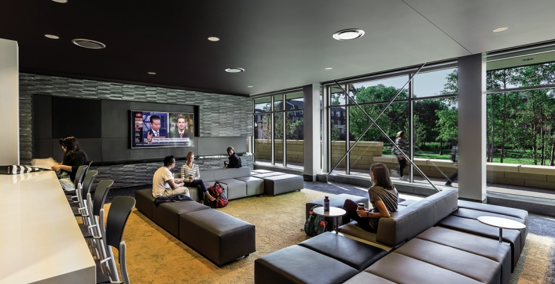 Ipd-driven fusion facility serves science and student life in Chicago