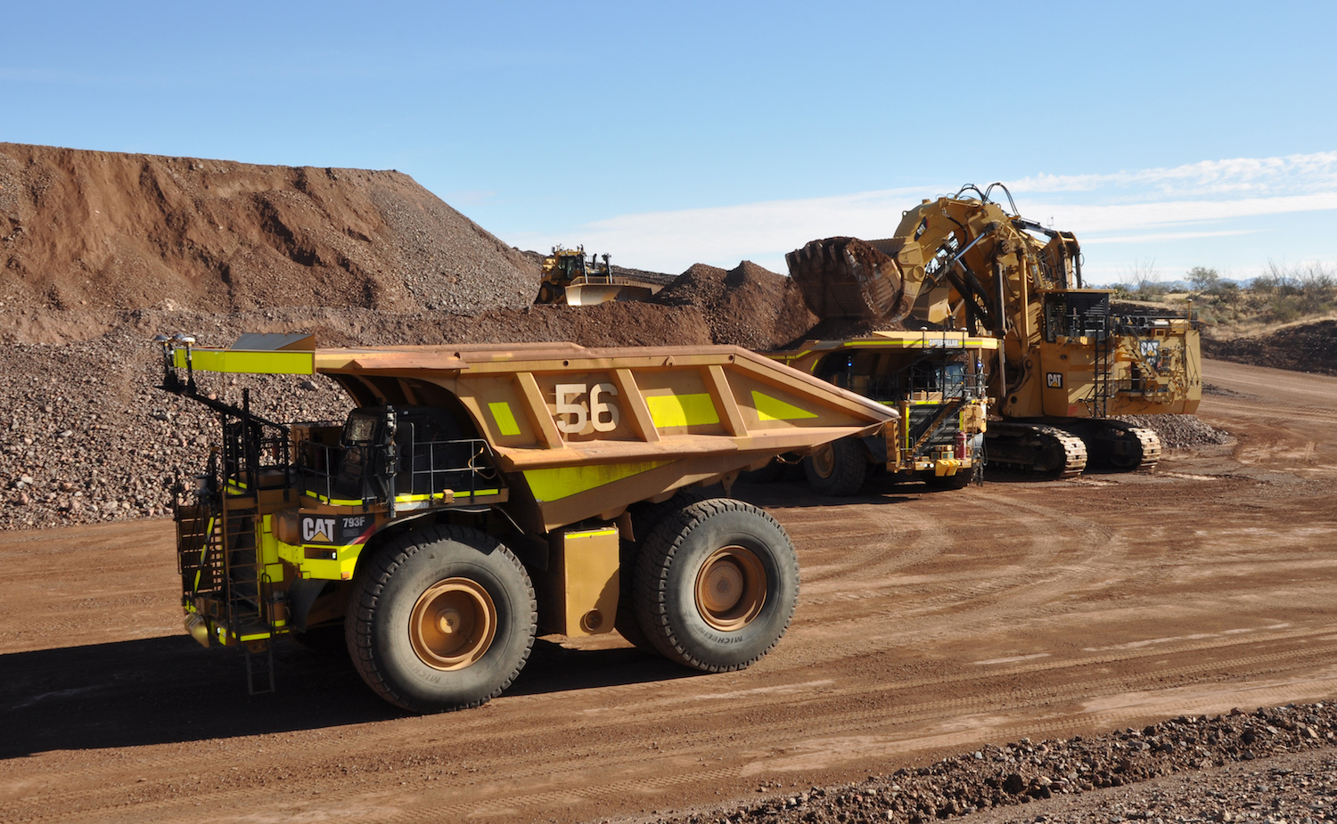 Caterpillar 793F truck in a mine