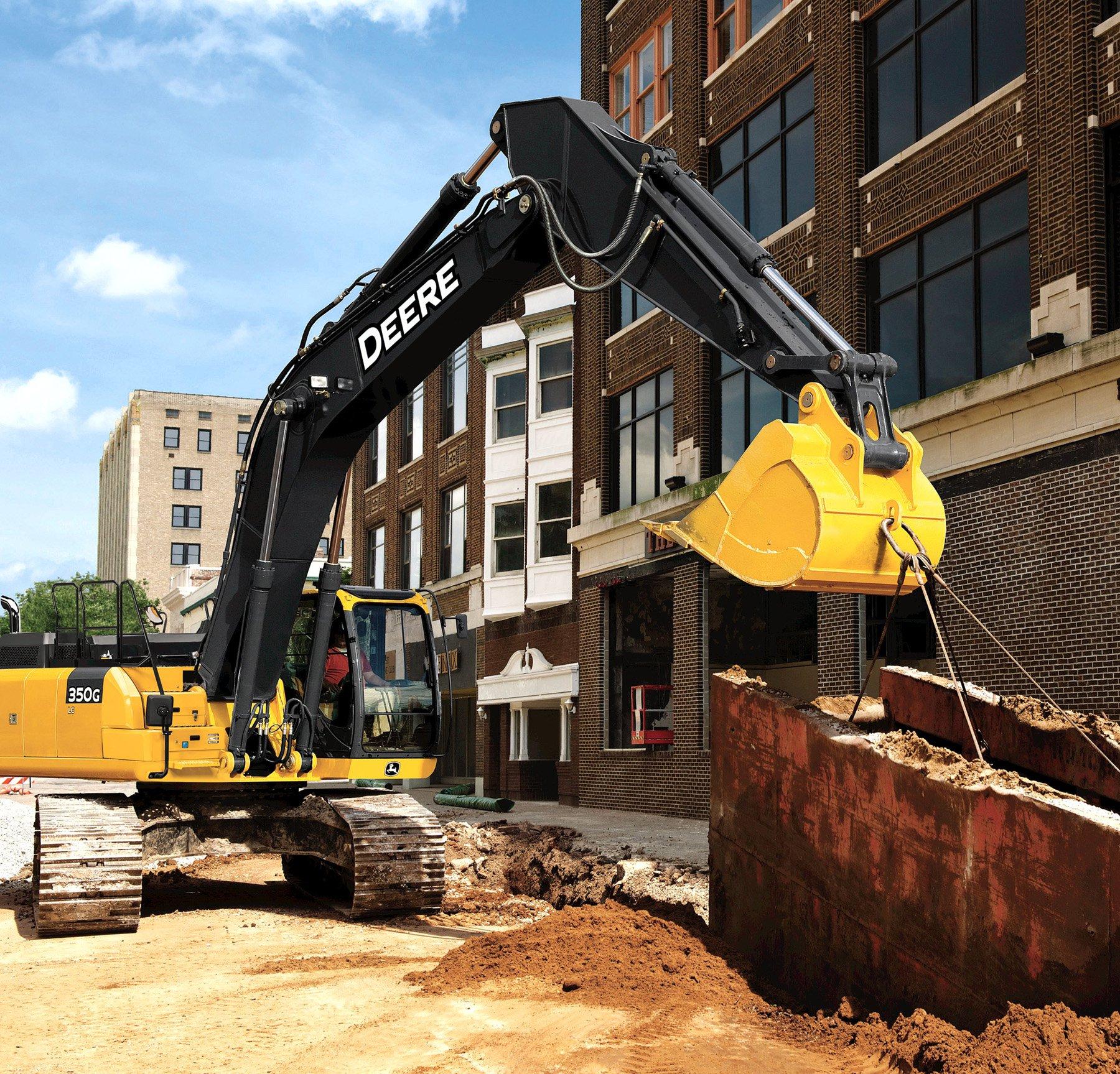 John Deere 250G LC, 350G LC, 380G LC Tier 4-Final Excavators