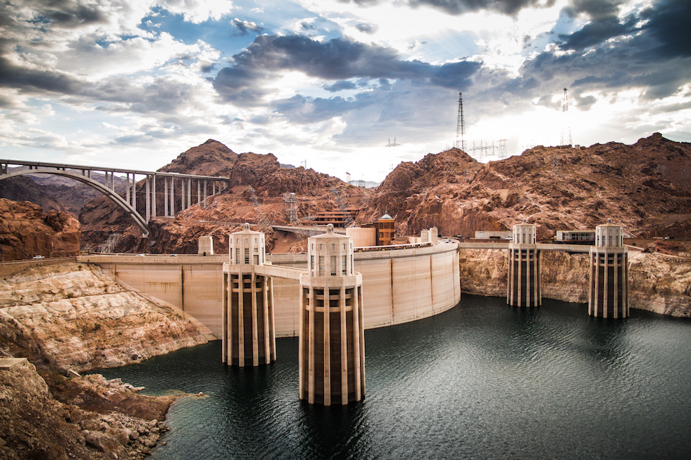 A new pipeline and pump station would regulate water flow through Hoover Dam's electric generators