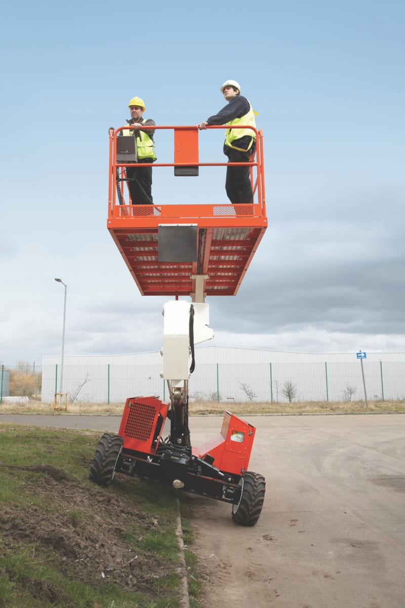 Snorkel SL26SL/SL30SL Speed Level Lifts feature platform leveling without the need for outriggers.