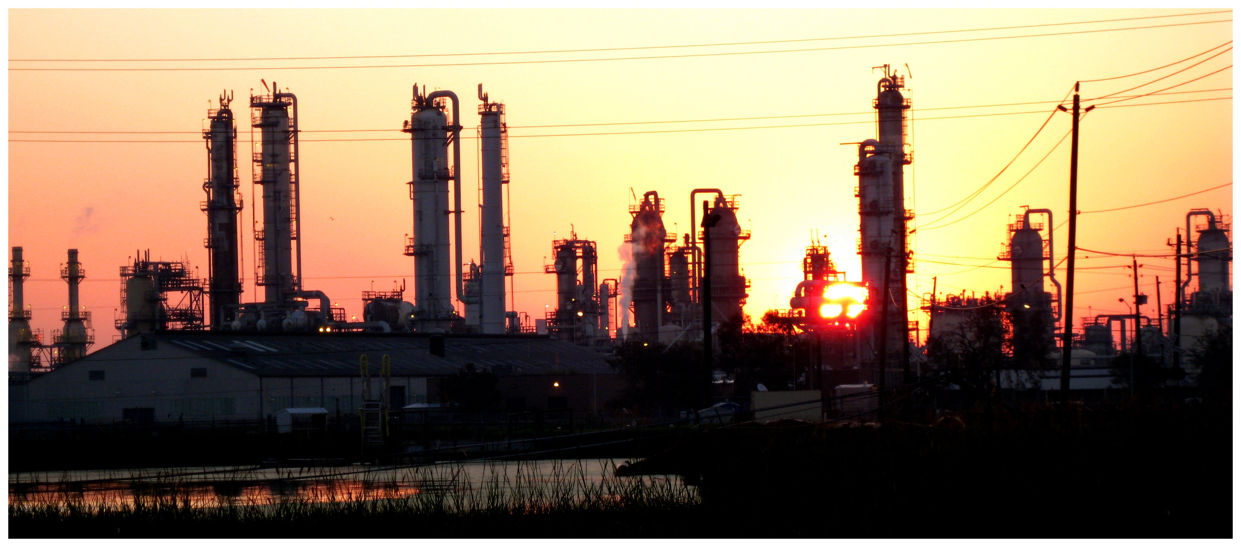 Texas Petrochemical Plant Construction to Create 10,000 Jobs