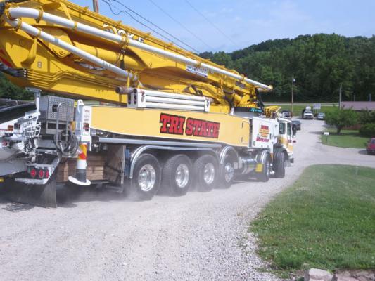 Autocar ACX concrete pump returns to the yard