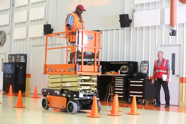 ANSI standards dictate how JLG trains.