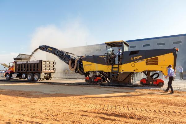 BOMAG BM 2200/75 Milling Machine