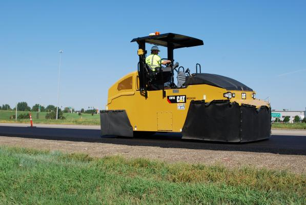 Designed for use on granular materials and all types of asphalt-mix designs, the CW16 pneumatic roller is available as a standard nine-wheel model with a 69-inch compaction width or as an optional 11-wheel model with an 84-inch compaction width.