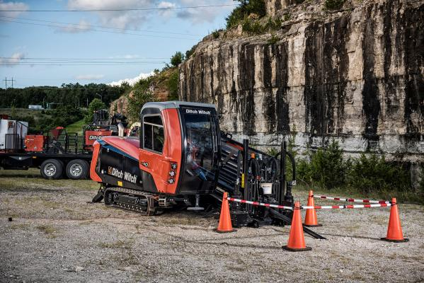 The AT40 All Terrain horizontal directional drill features 40,000 pounds of thrust/pullback