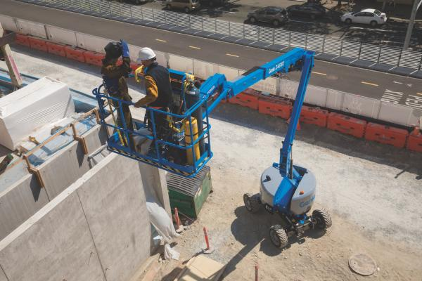 """Genie Z-45 XC mobile elevating work platform (MEWP) is the """"Xtra Capacity"""" version of the Z-45/25 J RT."""