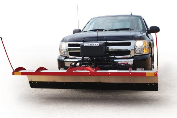The 1700 Series Tilt-Lift plow employs a lifting action keeps the moldboard positioned below the level of the truck lights, eliminating the need for auxiliary plow-mounted headlights.