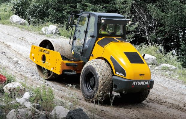 Hyundai Series 9 Rollers Make Maintenance Easier