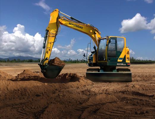 Hyundai HX130LCR excavaro has a standard operating weight of 29,750 pounds