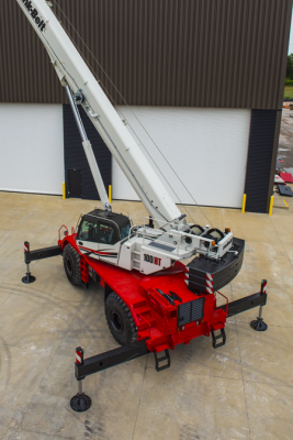 Link-Belt 100RT rough-terrain crane has a five-section boom