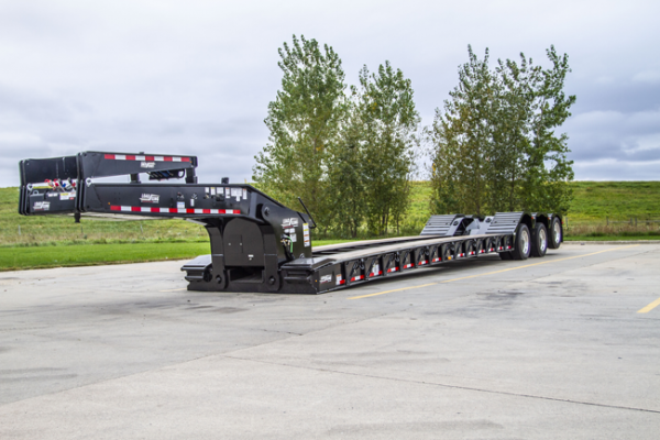 Load King 60-ton lowboy trailer has a 20-inch loaded deck height