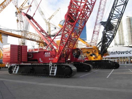 Manitowoc MLC300 and MLC650 Crawler Cranes
