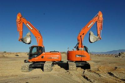 The Long and Short of Excavator Design | Construction Equipment