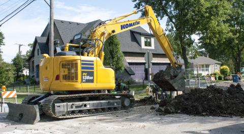 For Mid-sized Excavators, It's Swing Time | Construction Equipment