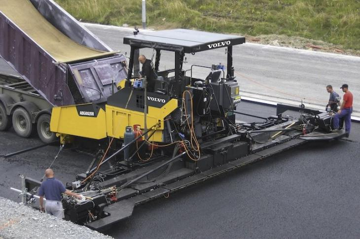 Large-Paver Designs Aim for Efficiency