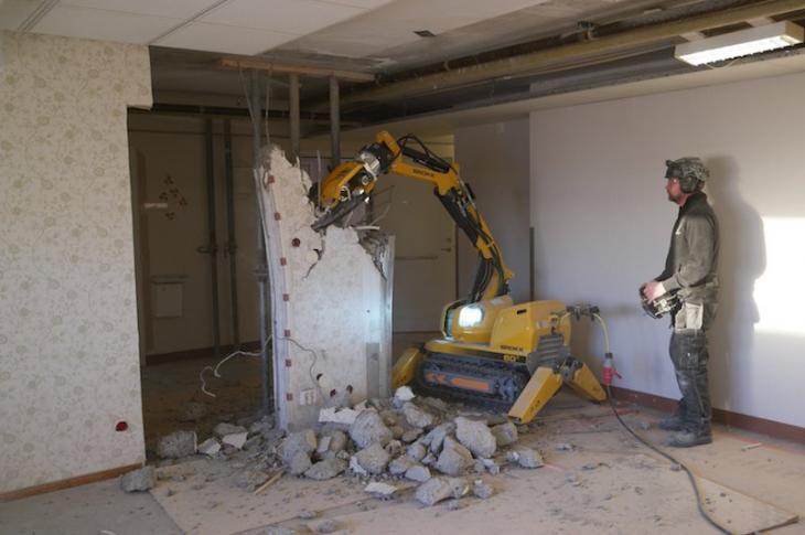Brokk 60 II Demolition Machine
