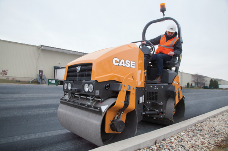 Case TR270 Compact Track Loader | Construction Equipment