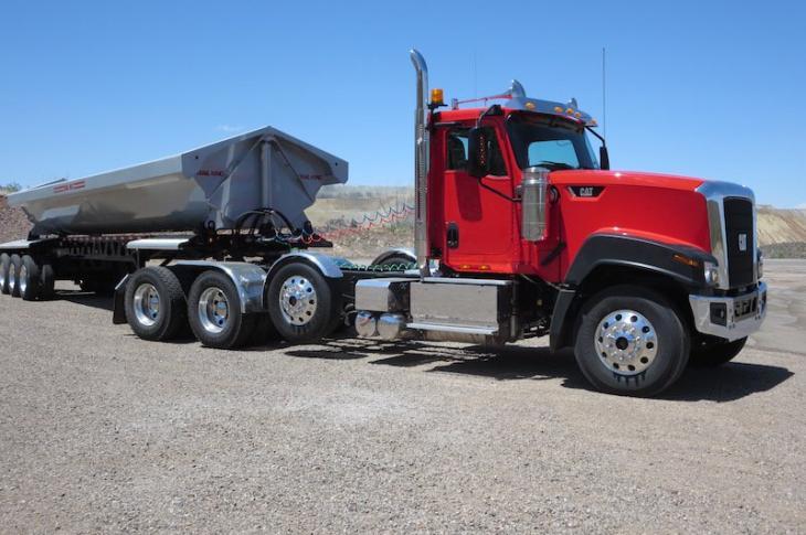 Cat CT680L truck