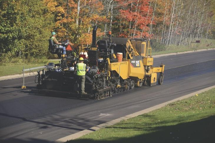 Caterpillar F Series Asphalt Pavers