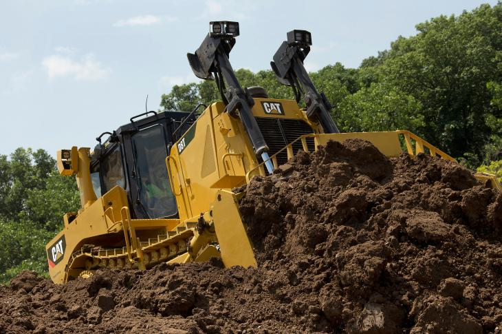 Semi-U blade for the Cat D8T bulldozer can provide production increases of up to 13 percent
