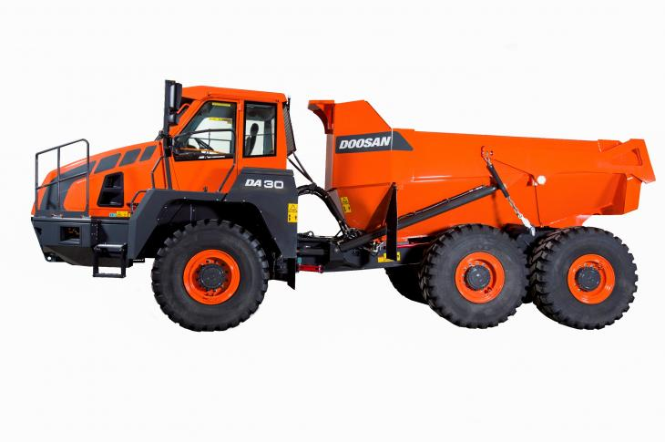 The 30-ton DA30-5 ADT features updates that include a front suspension with a hydro-gas, self-leveling system.