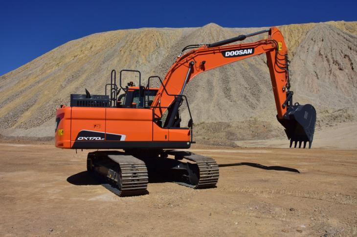 Doosan DX170LC-5 crawler excavator prepares to work.