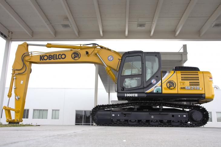 KOBELCO celebrated the production of its 1,000th SK210LC-10 excavator at its U.S. facility on March 27.