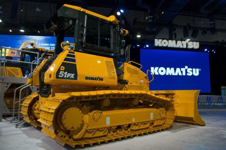 Komatsu D51 EX/PX-24 131-horsepower crawler dozer is T4-Final