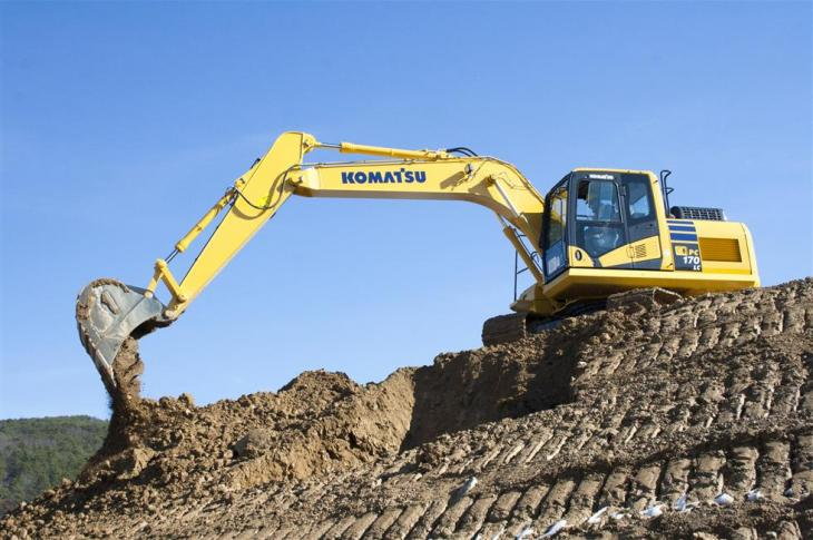Komatsu PC170LC-11 crawler excavator has been updated with a 121-horsepower T4F engine