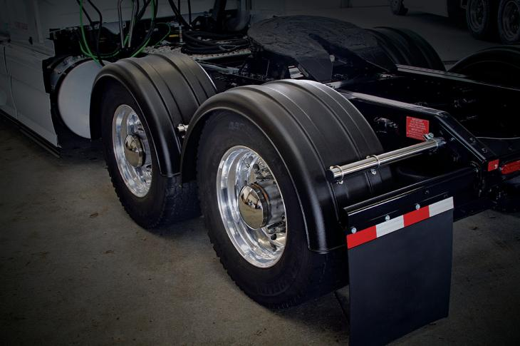 Super Single Fenders are aimed at the heavy-duty trucking aftermarket, especially those trucks that use wide-base tires.