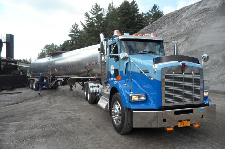 Stylish Kenworth Pulls Heavy Loads
