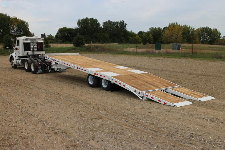 Towmaster T-24TA trailer uses air from the tow vehicle's system
