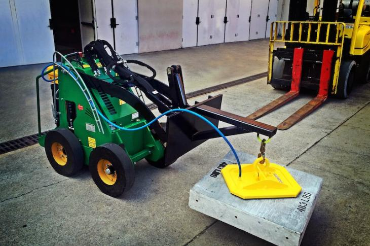 Vacuworx PS 1 Portable Lifting System Works on 12-Volt Rechargeable Battery