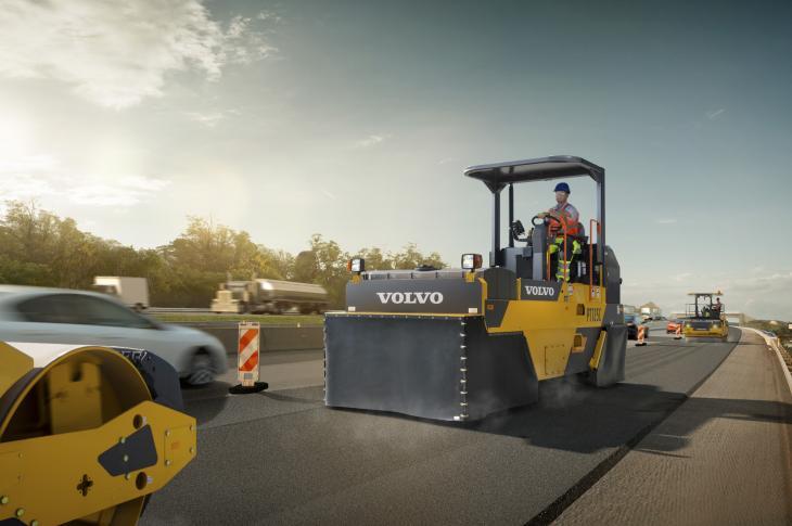 Volvo PT125C Pneumatic-Tire Roller