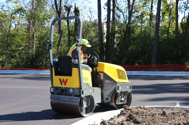 Wacker Neuson RD12 series have 34.5 inch drums.