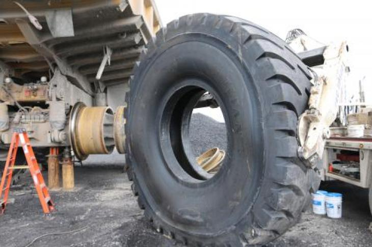 Communication enables fleet managers to stay on top of tire needs.
