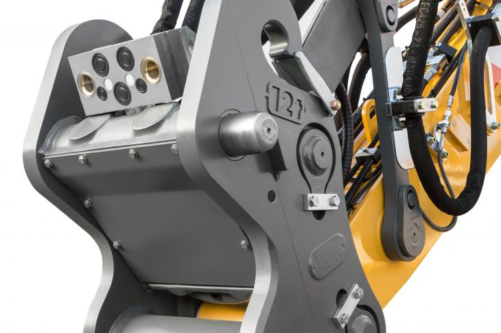 Attachments and quick coupler systems can be used for Liebherr hydraulic excavators and material handlers or for machines from other manufacturers.