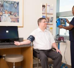 Abnormal Blood Pressure in Middle And Late Life Influences Dementia Risk