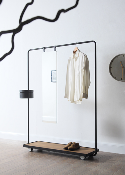Camino's Dolores cloth rack on wheels with full-length mirror