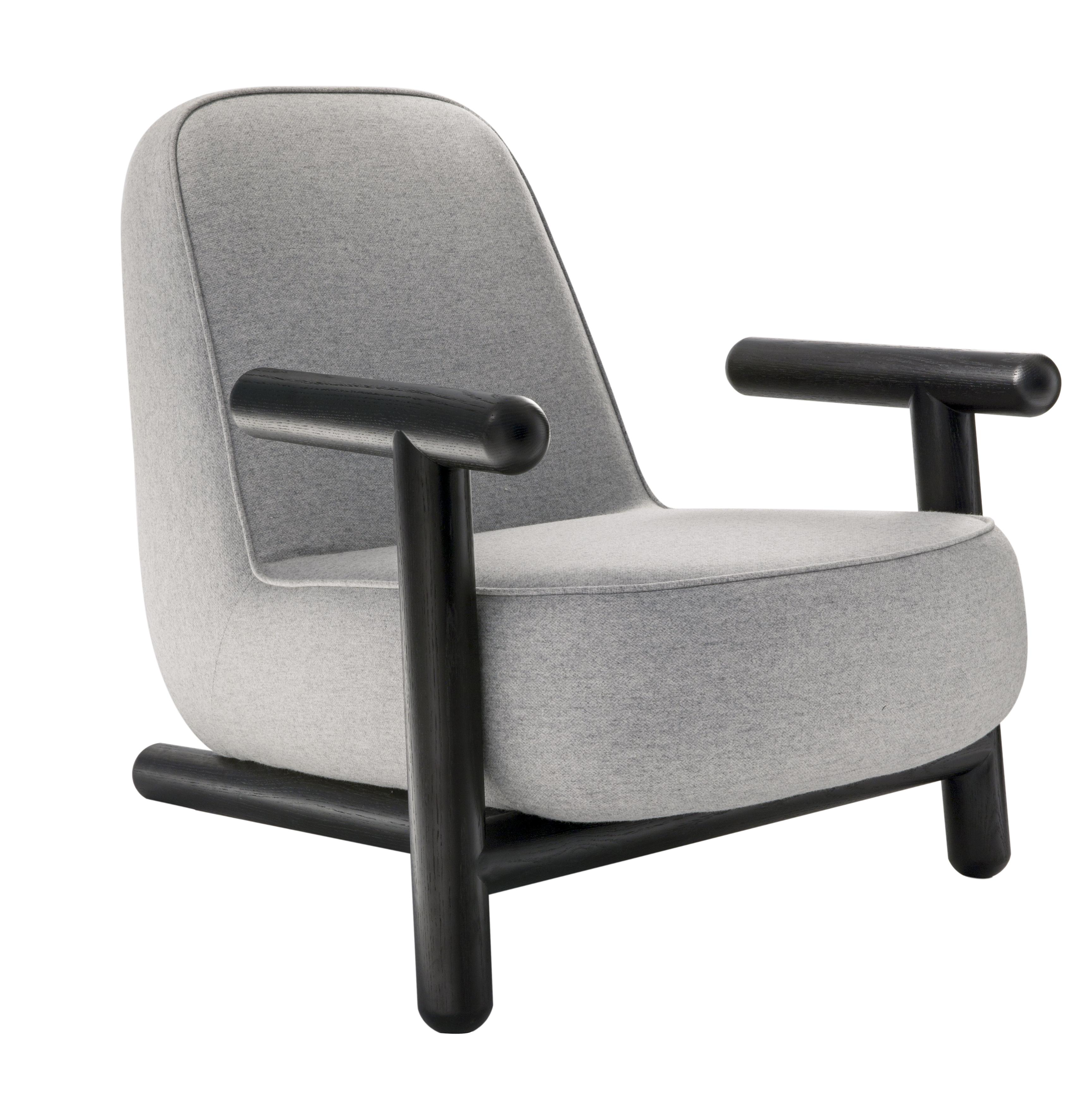 HC28 Bold armchair