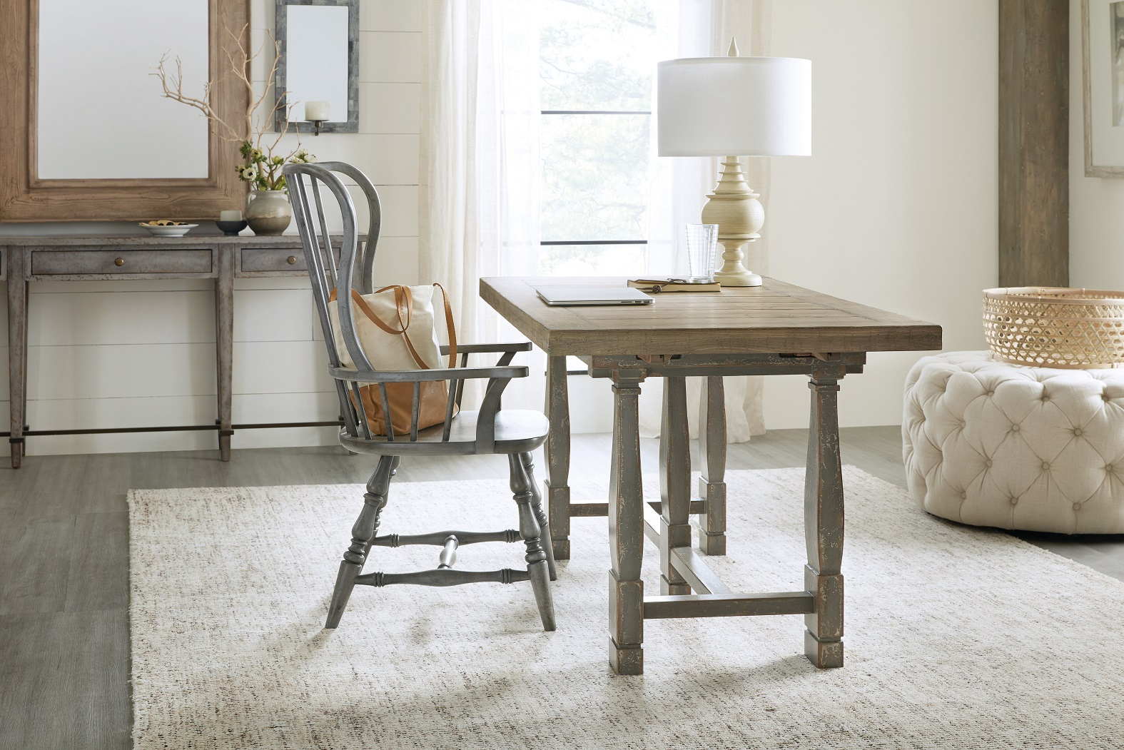 Hooker Furniture Ciao Bella Friendship table