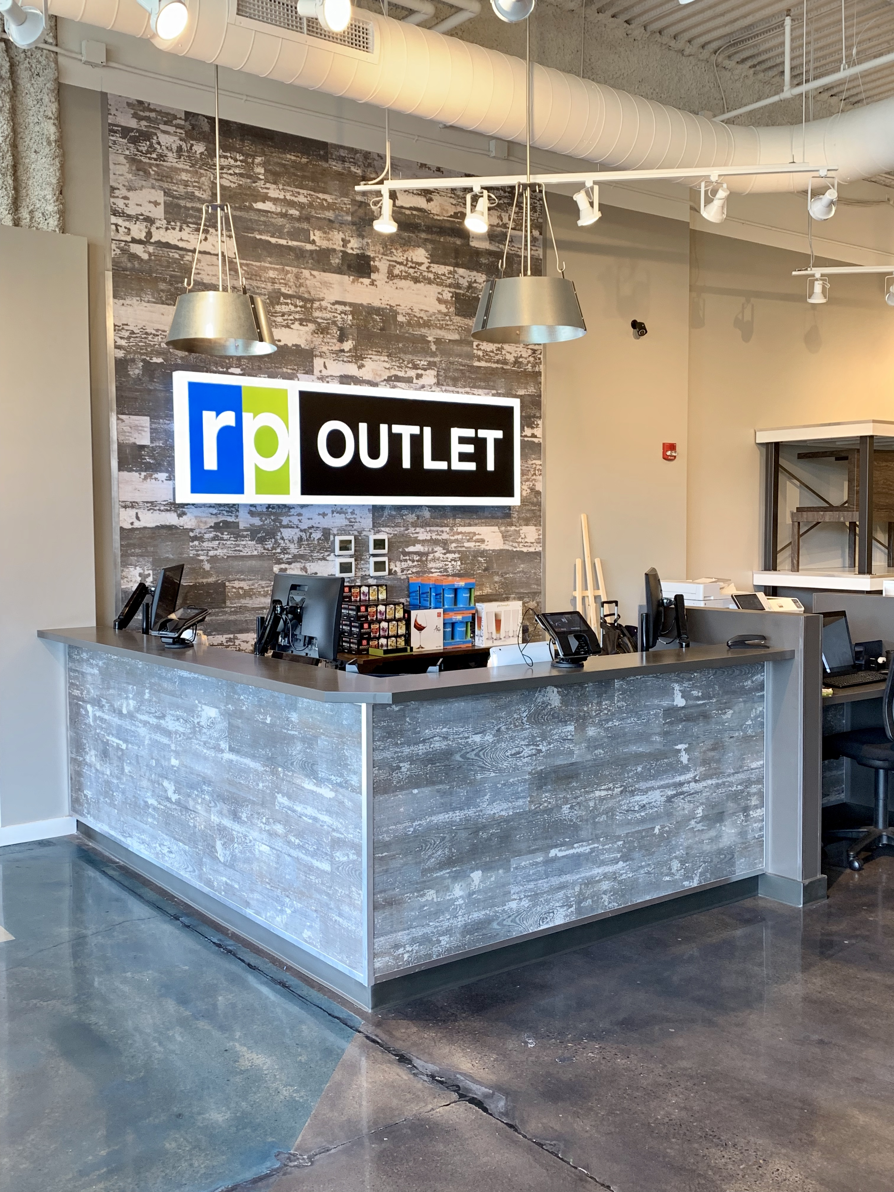 RP Outlet