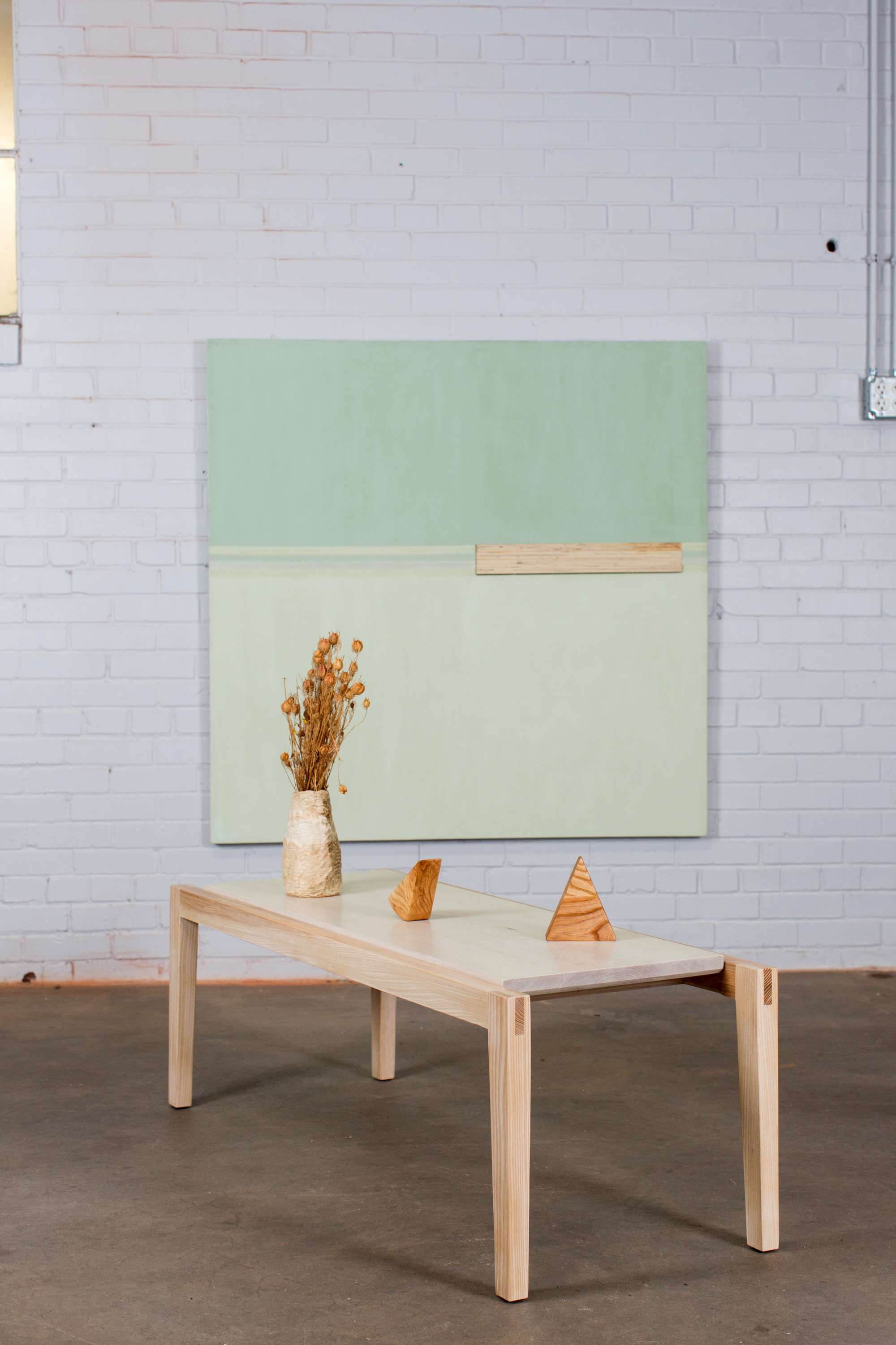 Radvalley Designs Wallace table
