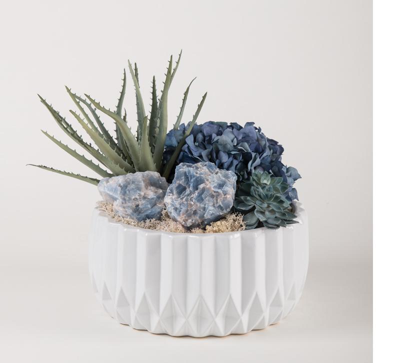 succulents and quartz accents
