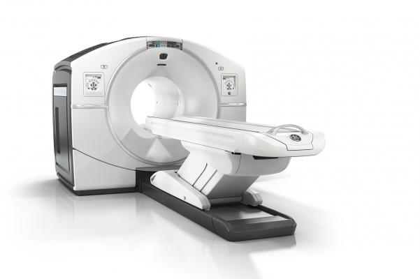 GE Healthcare, molecular imaging, PET/CT, Discovery IQ, Discovery NM/CT 670 Pro, RSNA 2015