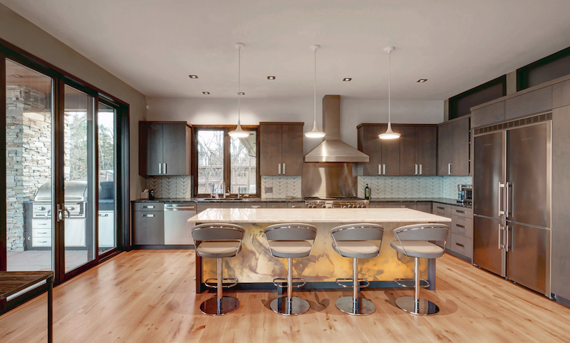 2019 Professional Builder Design Awards Honorable Mention Custom Home Shorecliff kitchen