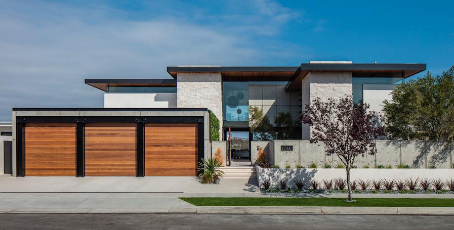 2019 Professional Builder Design Awards Silver Custom Home exterior front elevation